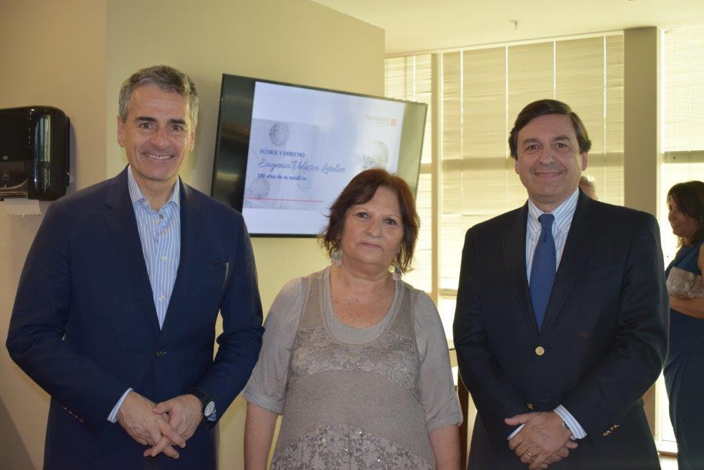 Andrés Velasco, María Teresa Velasco y Rodrigo Velasco Santelices